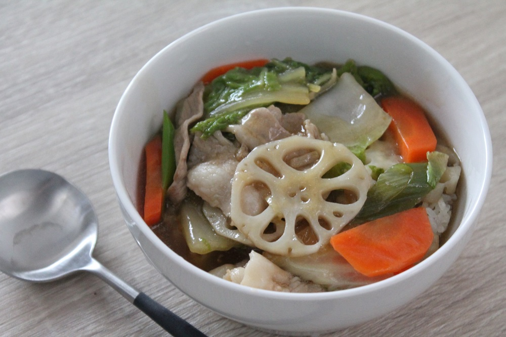 野菜たっぷり!冬野菜の中華丼レシピ